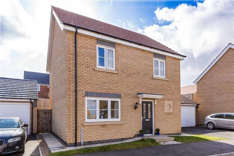 3 Bedrooms Detached House for sale in Roy Brown Drive, Sileby, LE12