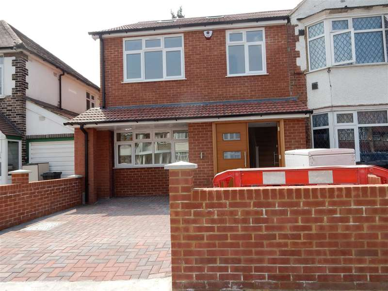 4 Bedrooms Property for sale in Bulstrode Ave,, Hounslow
