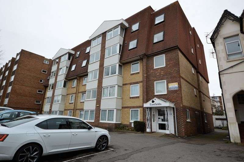 1 Bedroom Property for sale in Victoria Road North, Southsea