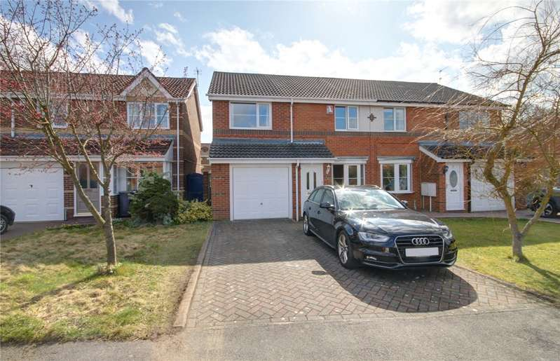 4 Bedrooms Semi Detached House for sale in Brookes Rise, Langley Moor, Co Durham, DH7