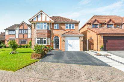 4 Bedrooms Detached House for sale in Fernwood, Norton, Runcorn, Cheshire, WA7