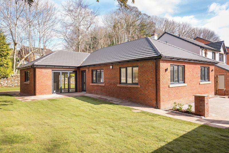 3 Bedrooms Detached Bungalow for sale in 19 Beacon Square, Penrith