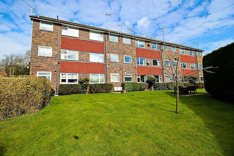 2 Bedrooms Flat for sale in Church Road, Caversham, Reading