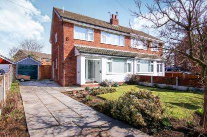 3 Bedrooms Semi Detached House for sale in Ennerdale Road, Formby, Liverpool, Merseyside, L37