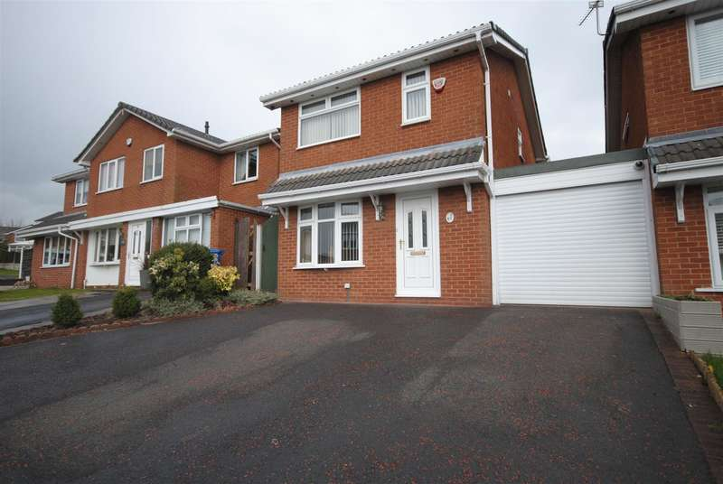 4 Bedrooms Detached House for sale in Northcroft, Whelley, Wigan