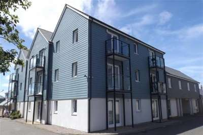 1 Bedroom Flat for rent in Whym Kibbal Court, Redruth