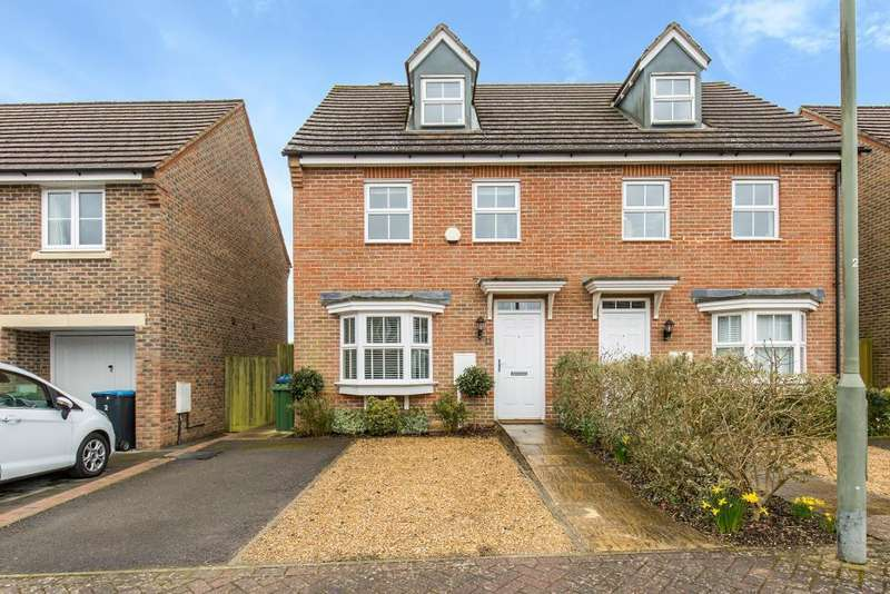 3 Bedrooms Semi Detached House for sale in The Elms, Warlingham, Surrey, CR6 9AY