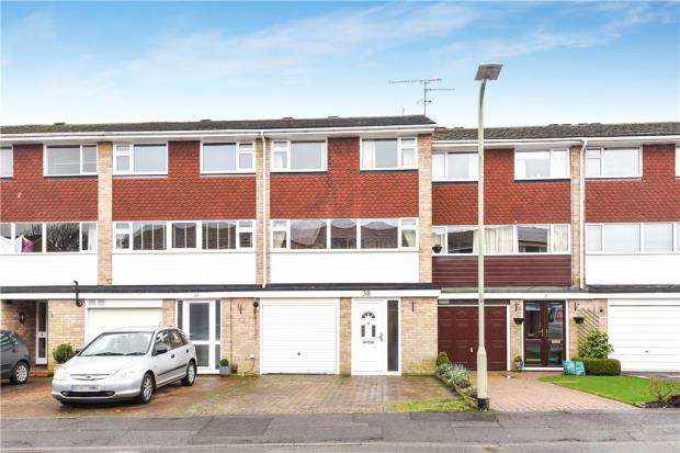4 Bedrooms Terraced House for sale in Shefford Crescent, Wokingham, Berkshire