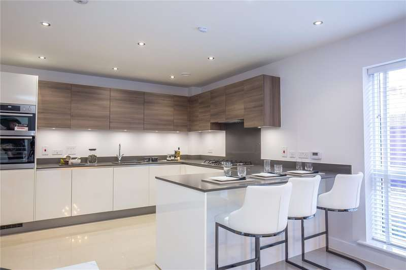 4 Bedrooms End Of Terrace House for sale in The Magra, Henry Darlot Drive, Millbrook Park, Mill Hill, NW7