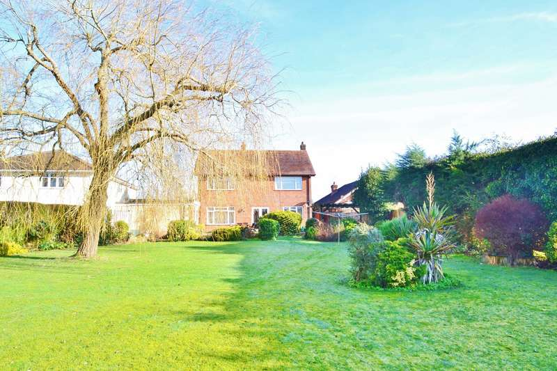 3 Bedrooms Detached House for sale in Poulner