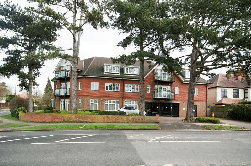 2 Bedrooms Ground Flat for sale in Marsh Road, Pinner
