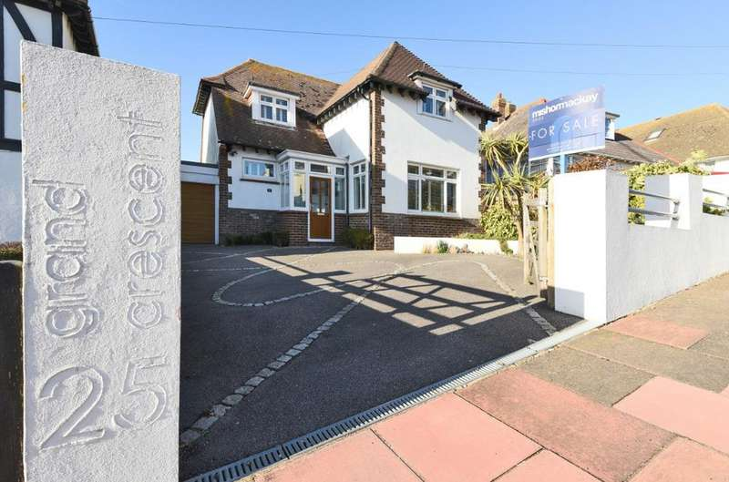 3 Bedrooms Detached House for sale in Grand Crescent Rottingdean East Sussex BN2