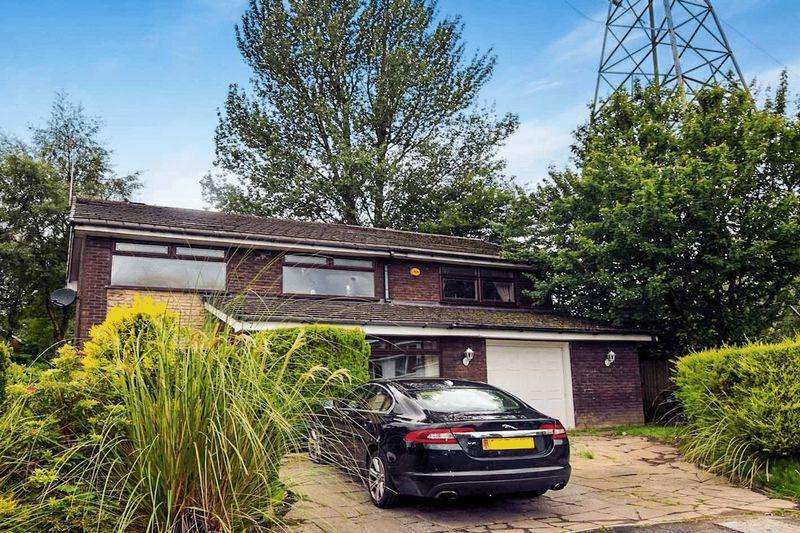 4 Bedrooms Detached House for sale in Willow Hey, Bromley Cross, Bolton