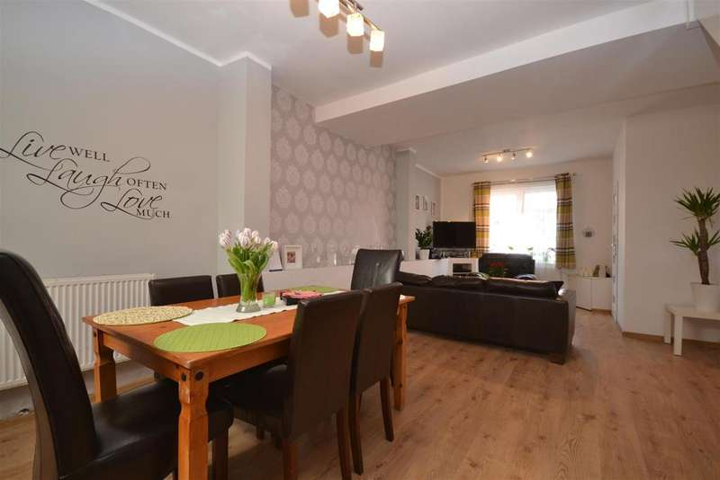 2 Bedrooms Terraced House for sale in Corporation Street, Chorley