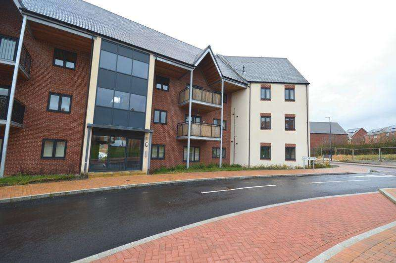 2 Bedrooms Apartment Flat for sale in Rays Meadow, Telford