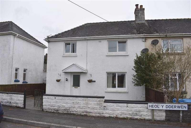 3 Bedrooms Semi Detached House for sale in Heol Y Dderwen, Pontwelly, Llandysul