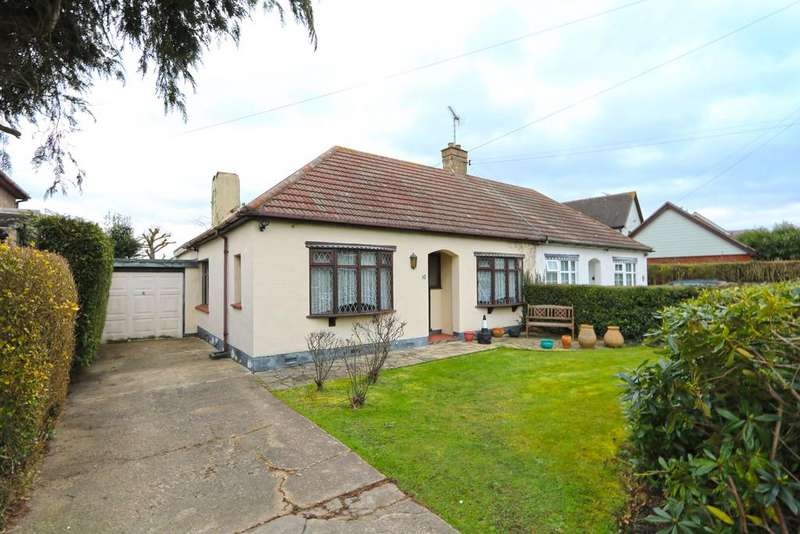 3 Bedrooms Semi Detached Bungalow for sale in The Chase, Thundersley SS7