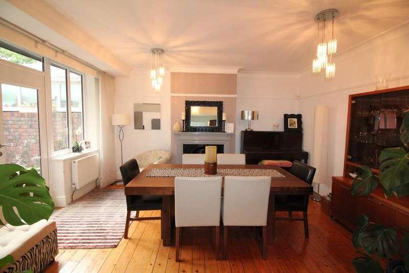 3 Bedrooms Semi Detached House for sale in Oldfield Avenue, Darwen