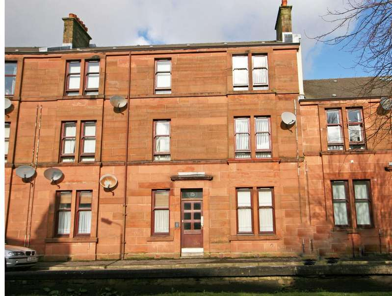 1 Bedroom Ground Flat for sale in G/R, 15 Seamore Street, Largs, KA30 9AN