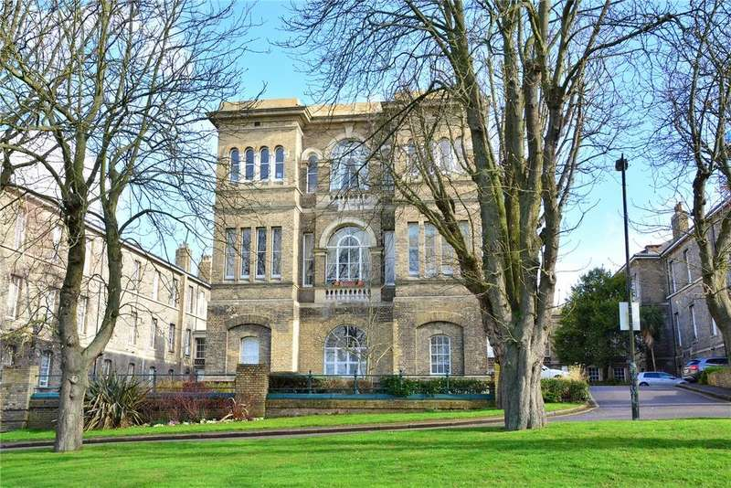 2 Bedrooms Flat for sale in Sidney House, Royal Herbert Pavilions, Shooters Hill, London, SE18