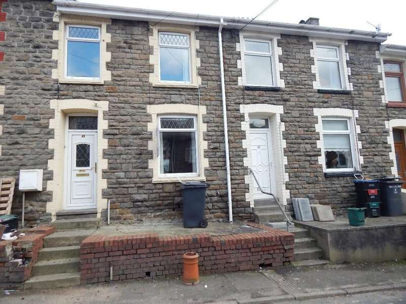3 Bedrooms Terraced House for sale in Lancaster Street, Blaina. NP13 3EQ