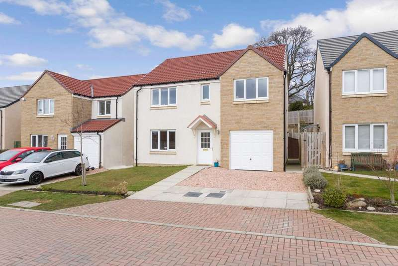 5 Bedrooms Detached House for sale in 40 Whitehouse Crescent, Gorebridge, Gorebridge, EH23 4FT