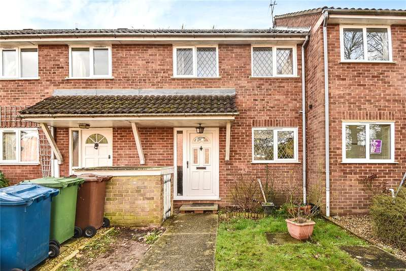 2 Bedrooms Terraced House for sale in Oakcroft Close, Pinner, HA5