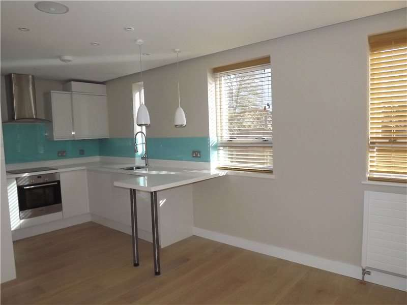 2 Bedrooms Flat for rent in The Ice House, Dean Street, Marlow, Buckinghamshire, SL7