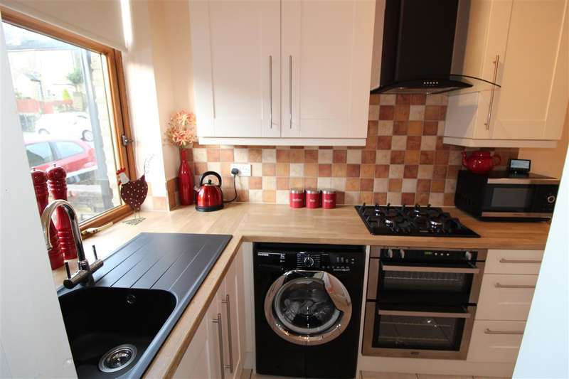 2 Bedrooms Terraced House for sale in Leadenhall Street, King Cross, Halifax