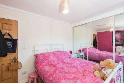 1 Bedroom Flat for sale in Southampton, Hampshire, .