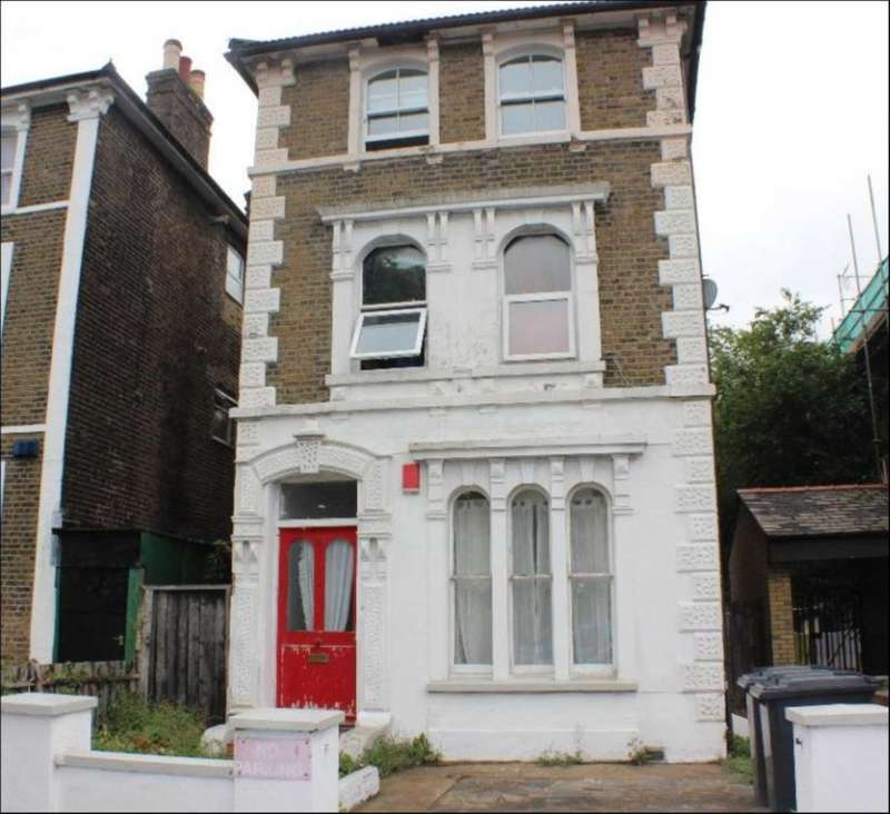 2 Bedrooms Flat for sale in Summerhill Road, Seven Sisters