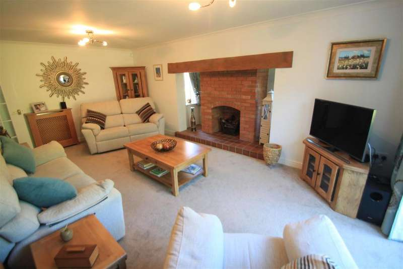 5 Bedrooms Detached House for sale in Troon Way, Burbage