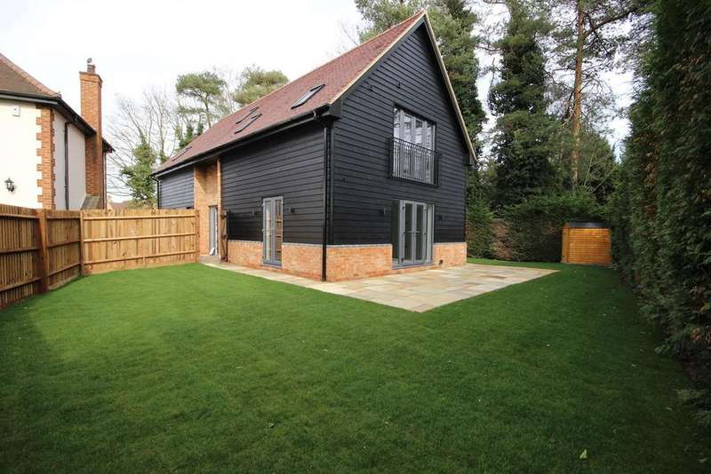 4 Bedrooms Detached House for sale in Clophill Road, Maulden, Bedfordshire, MK45