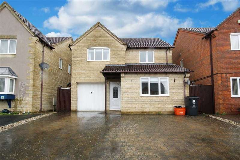 4 Bedrooms Detached House for sale in Poachers Way, Ash Brake