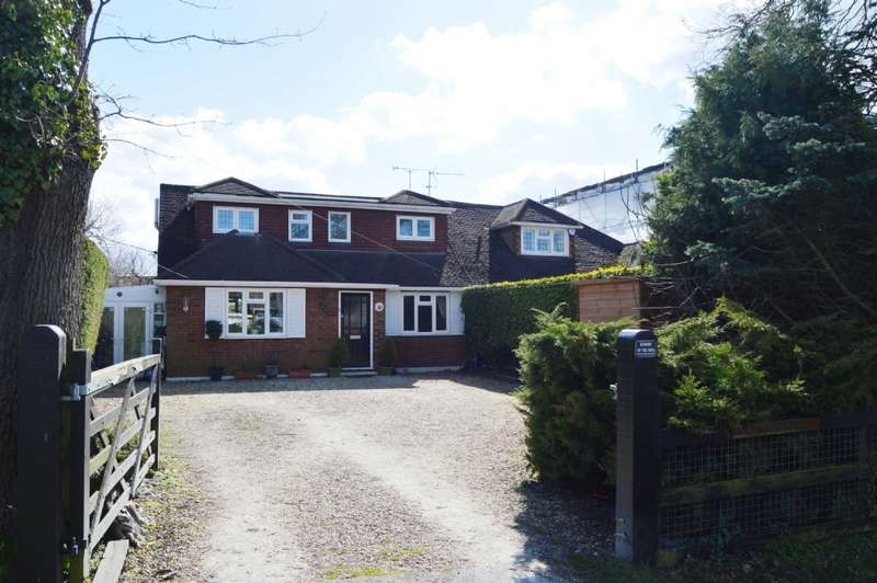 5 Bedrooms Semi Detached House for sale in Hook End Road, Hook End