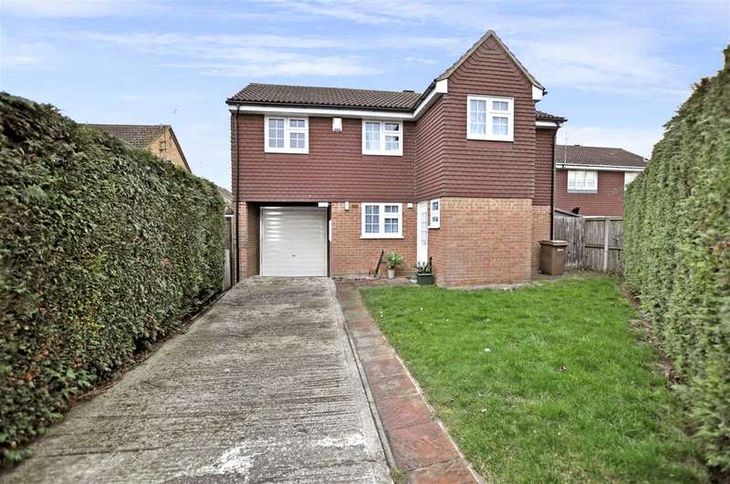 4 Bedrooms Detached House for sale in Carriage Drive, Springfield