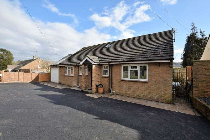 4 Bedrooms Property for sale in Clevedon Road, Weston-In-Gordano