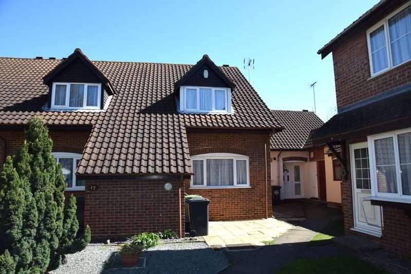 3 Bedrooms Terraced House for sale in Falcon Close, Dartford, DA1