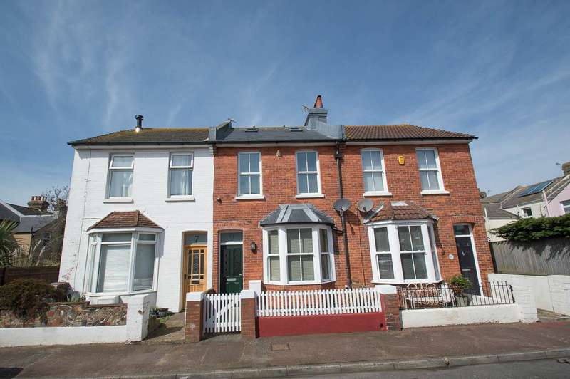 3 Bedrooms Terraced House for sale in Fairlight Road, Eastbourne