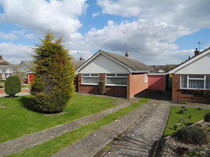 3 Bedrooms Detached Bungalow for sale in Darby Road, Beccles