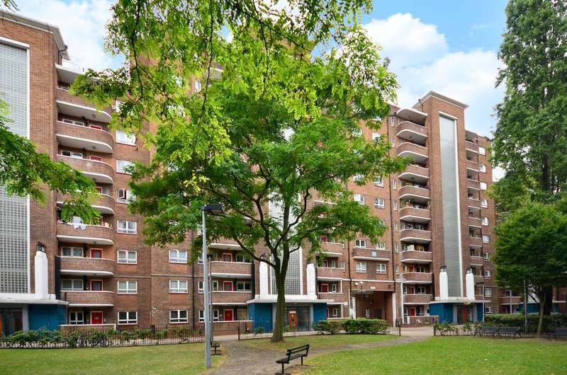 3 Bedrooms Flat for sale in Goldington Street, St Pancras, NW1