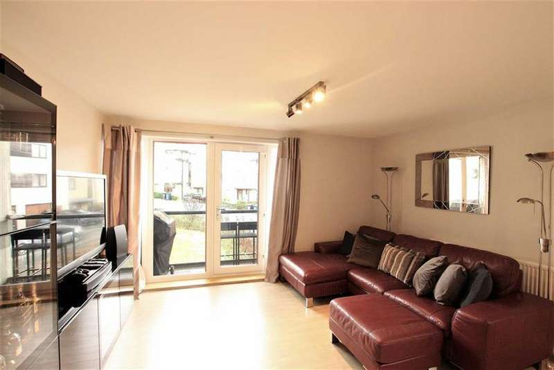 2 Bedrooms Apartment Flat for sale in Peacock Close, Mill Hill, London