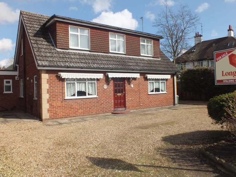 3 Bedrooms Detached Bungalow for sale in Kings Road, Spalding