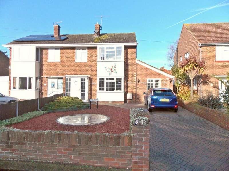 3 Bedrooms Semi Detached House for sale in Langer Road, Felixstowe, IP11