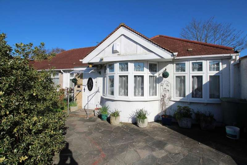 3 Bedrooms Bungalow for sale in Northumberland Avenue Welling DA16