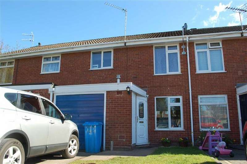 3 Bedrooms Terraced House for rent in 12, Rushwater Close, Wombourne, Wolverhampton, South Staffordshire, WV5