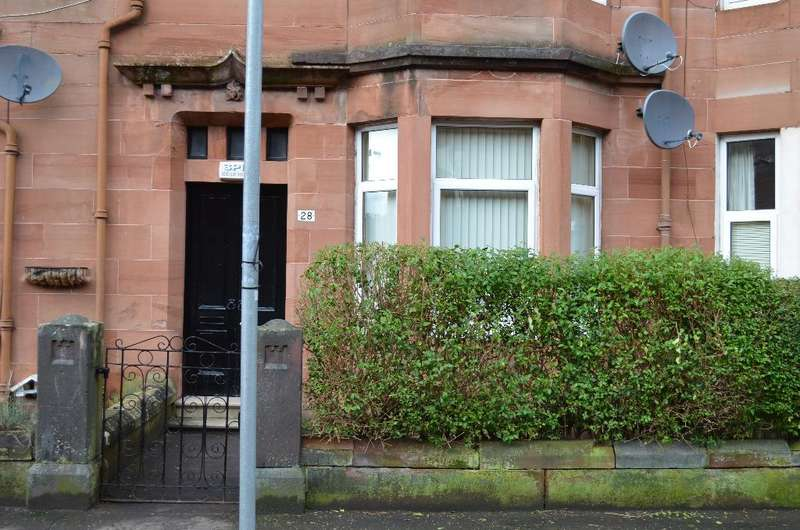 1 Bedroom Flat for sale in Garry Street, Main Door, Cathcart, Glasgow, G44 4AX