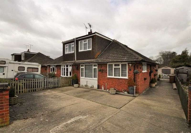 3 Bedrooms Bungalow for sale in Ashford, TN26