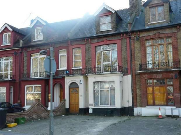 6 Bedrooms Terraced House for rent in Willoughby Road, Turnpike Lane, N8