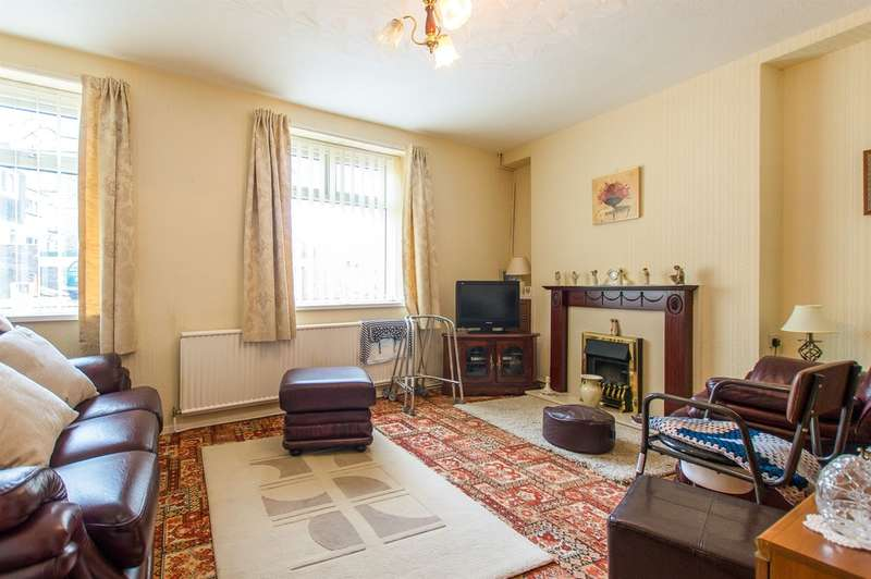 2 Bedrooms Ground Flat for sale in Barnardo Street, Maesteg